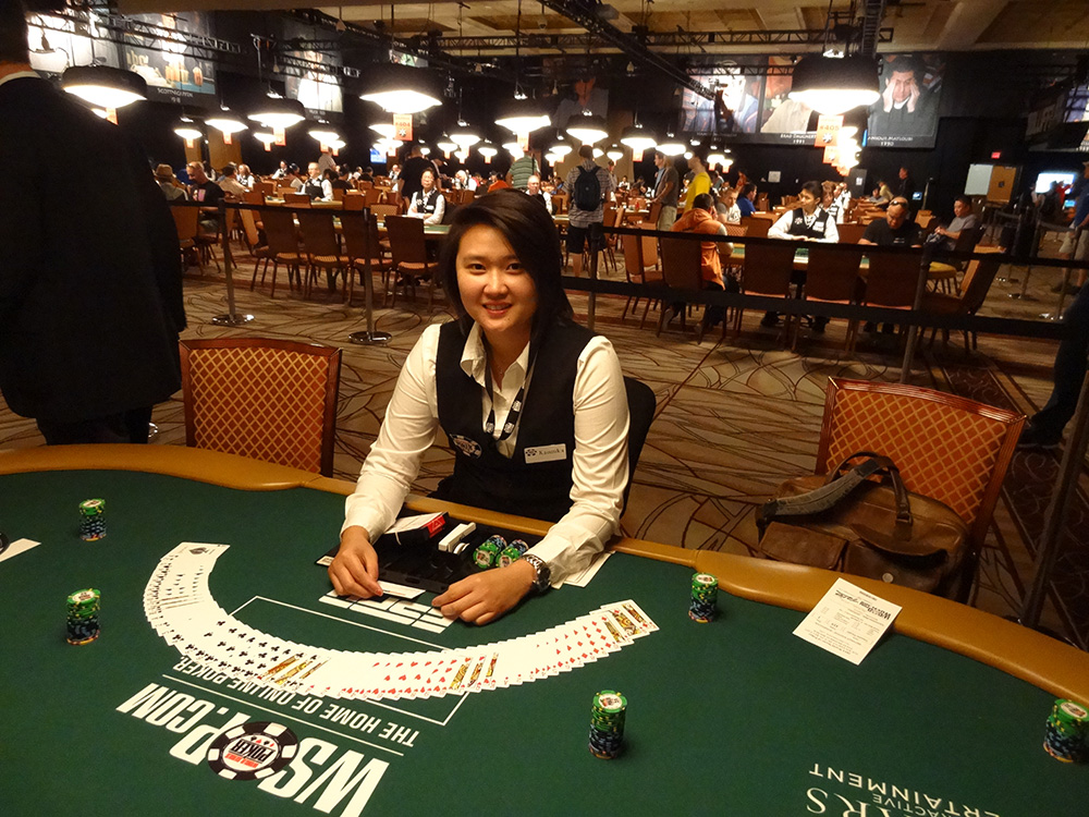 A Brief History of Online Casino and Steps for Registering
