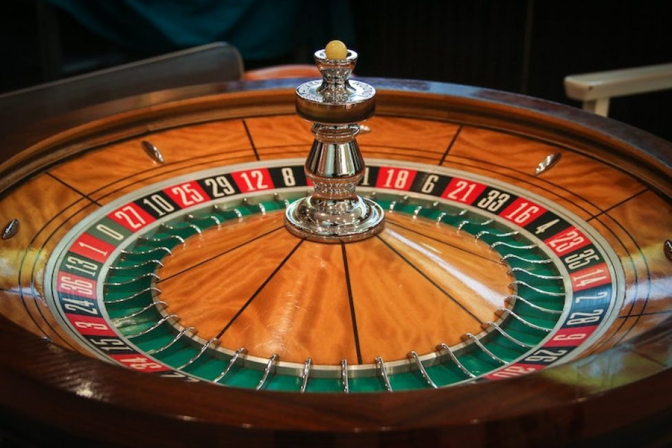 Nine Rules About Online Gambling Meant To Be Damaged