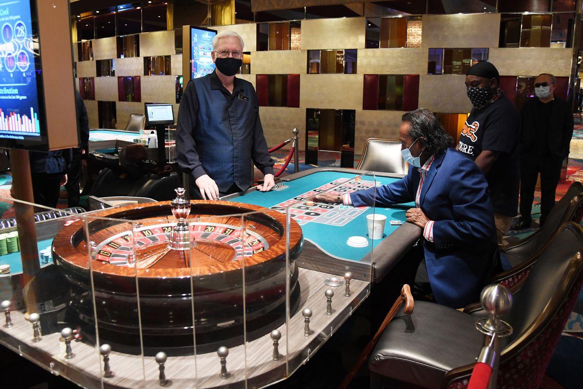 Ways To Reinvent Your Casino